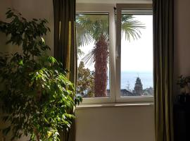 Sunny apartment 150 m from the sea