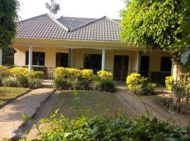 Kibale homestay, Bigodi (Near Mwenge)