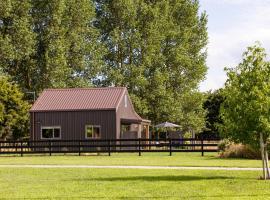 Angus Road Barn