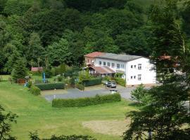 """Hotel und Gasthof """"Sonneneck"""", Schalkau (Theuern yakınında)"""