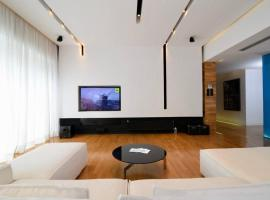 Athens Newly Renovated Super Luxurious Penthouse 180m²