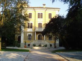 B&B Villa Albarelli, San Polo d'Enza in Caviano (Quattro Castella yakınında)