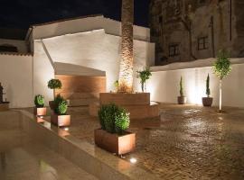 Cáceres Deluxe Casa-Palacio