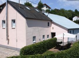 Eifeler Bauernhaus, Plütscheid (Feuerscheid yakınında)