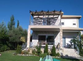 Villa Aristotle, Айос-Кирикос (рядом с городом Kalipádhon)