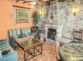 Five-Bedroom Holiday Home in San Felices de los Ga., Сан-Фелисес-де-лос-Гальегос (рядом с городом Лумбралес)