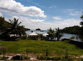 Pantai Firdaus, Girian (рядом с городом Airmadidi)