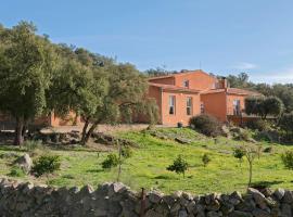 Finca el Rabilargo, Arroyomolinos de Montánchez (Alcuéscar yakınında)