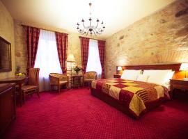 Hotel Rous