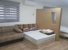 Rooms in Majdal Shams, Мадждаль Шамс (рядом с городом Неве-Атив)