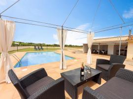 Holiday Home Can Cals, Fonteta (рядом с городом Sant Climent de Peralta)