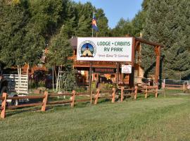 Ute Bluff Lodge, Cabins & RV Park, South Fork (in de buurt van Del Norte)
