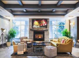 Summit Lodge Boutique Hotel Whistler, Уистлер