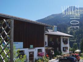 Familienbauernhof Winkelhof, Klösterle am Arlberg (Wald am Arlberg yakınında)
