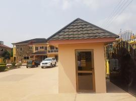 Platinum Lodge, Takoradi
