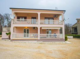 Apartment Koraca, Kirmenjak (рядом с городом Matulini)