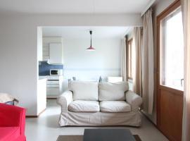 Two-bedroom apartment for six guests in Hervanta, Tampere (ID 9302), Тампере (рядом с городом Лемпяяля)