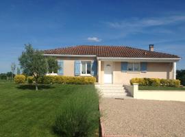 maison de vacances, Juillac (рядом с городом Flaujagues)
