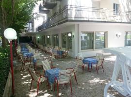 Hotel Irene, Riccione (Fogliano Marina yakınında)