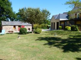 Small independent cottage, Campbon