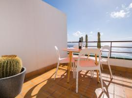 Breathtaking Ocean Views + Parking/ Dishwasher, El Puerto (El Tablero yakınında)