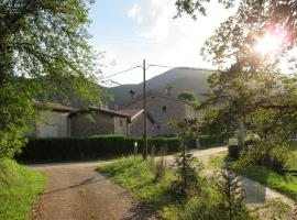 Mas el Llach, La Vall de Bianya