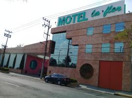 Motel La Flor