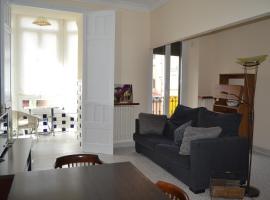 Placido Apartment, Манреса