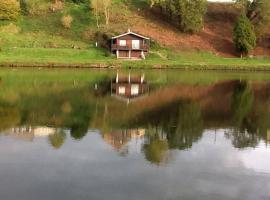 Chalet le logis des autre, Vireux-Wallerand (Treignes yakınında)