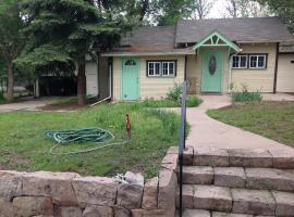 Private Cottage on Five Acres, Greenwood Village
