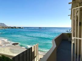 Clifton Beach Apartment