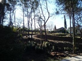 Grand Site Sainte Victoire, Le Tholonet