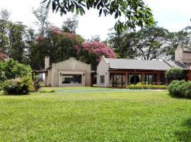 Hotel de Campo Las Acacias, Gobernador Ingeniero Valentín Virasoro (Gobernador Virasoro yakınında)