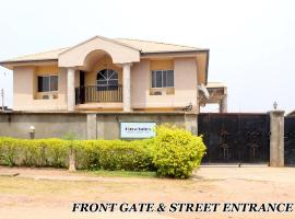 Flora Suites Exclusive, Oshogbo (рядом с регионом Ilesha West)