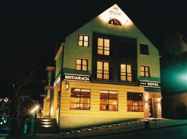 Hotel Piast, Cedynia (Neuwustrow yakınında)