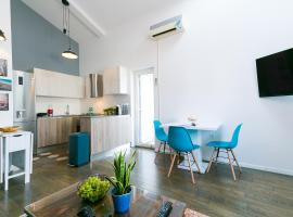 Industrial style 2 Bedroom Apt 3 min from the beach!, Пореч (рядом с городом Vranići)