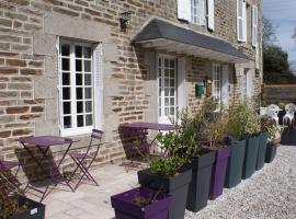 Chambres d'hôtes et gîte LA RENARDAIS, Плуэр-сюр-Ранс (рядом с городом Langrolay)