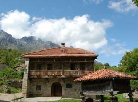 La Casa Vieja en Valdeón, Soto de Valdeón (рядом с городом Santa Maria de Valdeón)