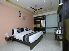 OYO 2770 Hotel 7Saat, Бхубанешвара (рядом с городом Chandaka)
