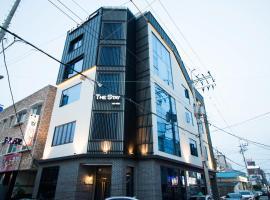 Yeosu Thestay Hostel