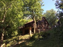 Erdő szélén házikó, Látrány (рядом с городом Rádpuszta)