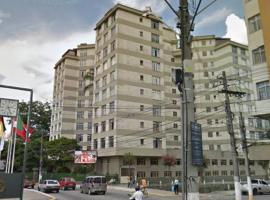 Apartamento no Centro bom para descansar e aproveitar a cidade.
