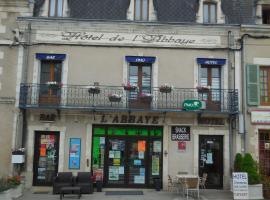 HOTEL DE L'ABBAYE, Saint-Savin