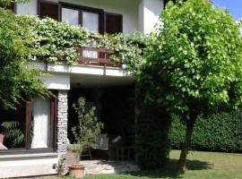 Villa Cristina, Vezzo