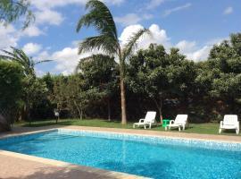Apani Pool Villas, Lu Prema