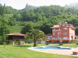 Hotel Cardeo, Cardeo (Near Mieres)