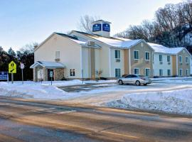 Cobblestone Inn & Suites Durand
