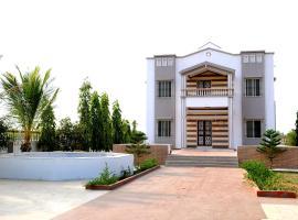 Satyam Villa, Mandvi (рядом с городом Kodāe)