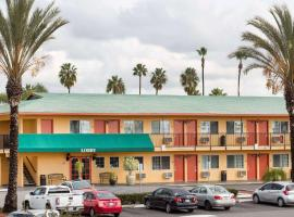 Travelodge by Wyndham Oceanside, Oceanside