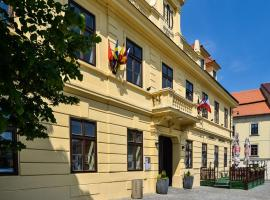 Hotel Hejtmanský dvůr, Slaný (Třebíz yakınında)